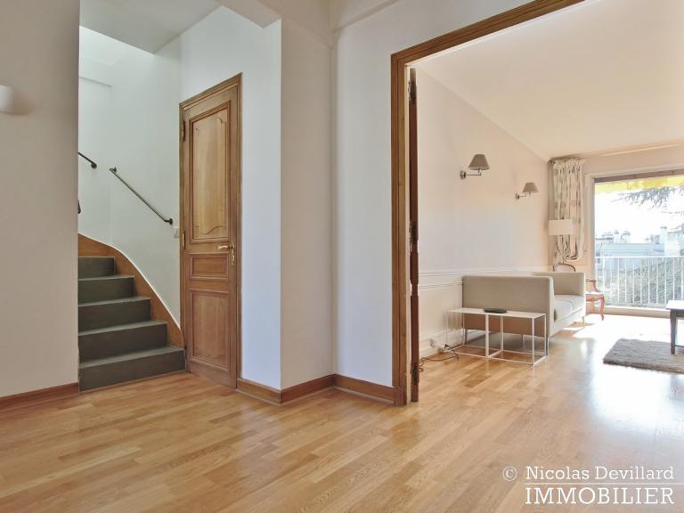 BoisSaint-James – Dernier étage terrasse sur jardins – 92200 Neuilly-sur-Seine (60)