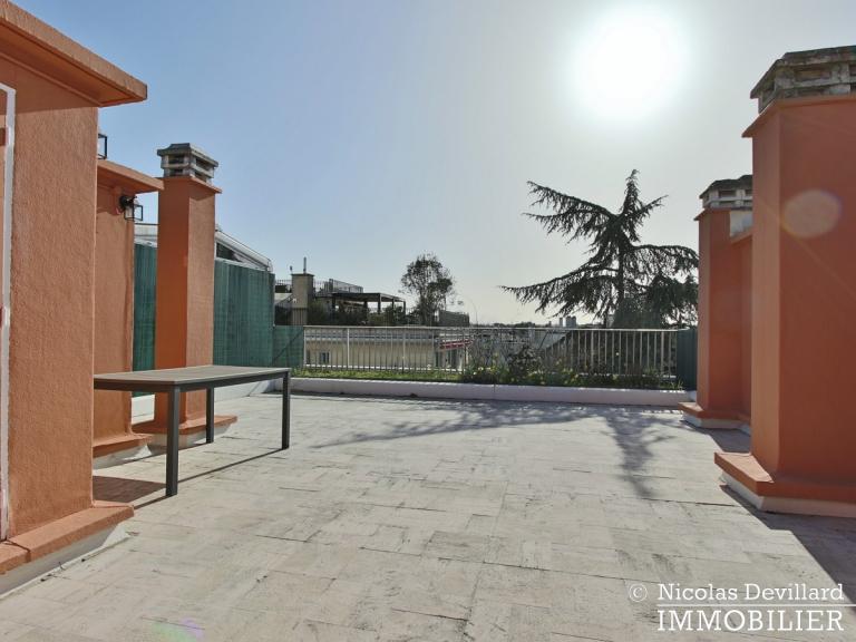 BoisSaint-James – Dernier étage terrasse sur jardins – 92200 Neuilly-sur-Seine (77)