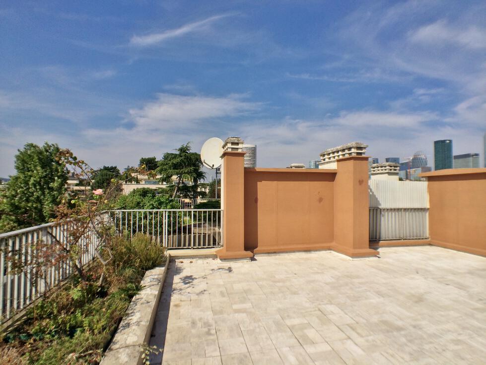 BoisSaint-James-–-Dernier-étage-terrasse-sur-jardins-–-92200-Neuilly-sur-Seine-1