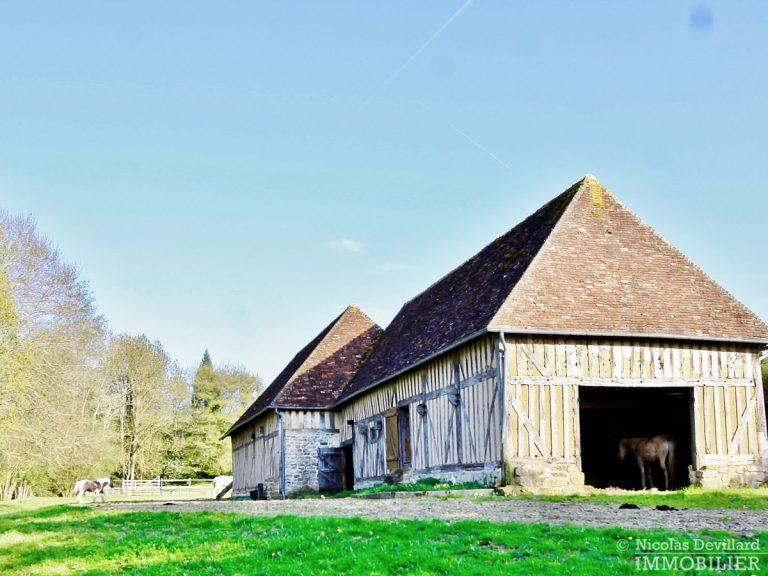 CalvadosPays-d'Auge-–-Rare-propriété-équestre-de-14-ha-–-14100-Sud-de-Lisieux-24