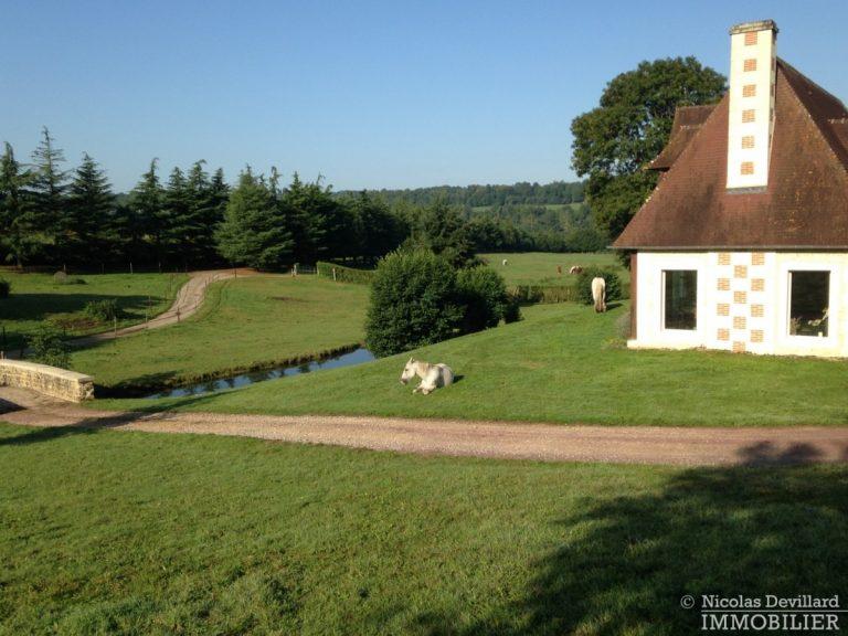 CalvadosPays-d'Auge-–-Rare-propriété-équestre-de-14-ha-–-14100-Sud-de-Lisieux-4