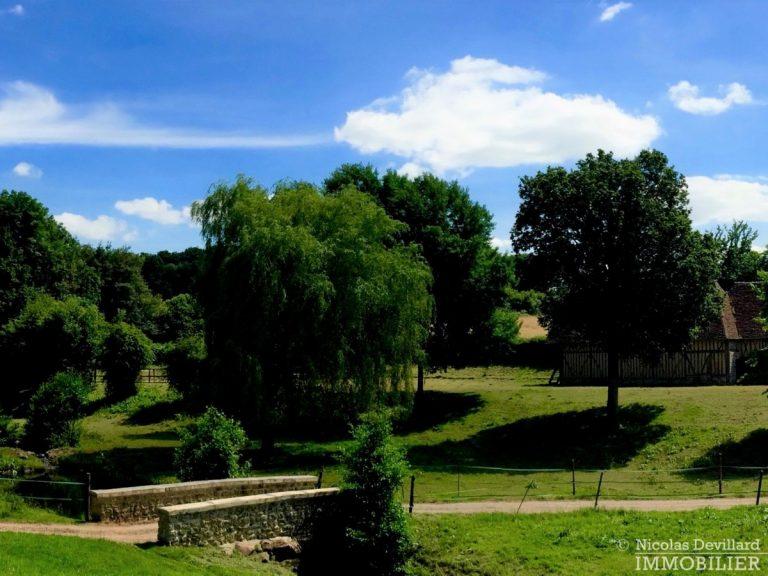 CalvadosPays-d'Auge-–-Rare-propriété-équestre-de-14-ha-–-14100-Sud-de-Lisieux-9