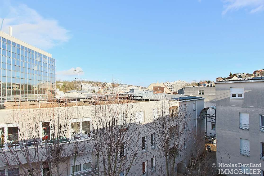 Centre-ville-–-Rénové-et-familial-sur-jardins-–-92310-Sèvres-18