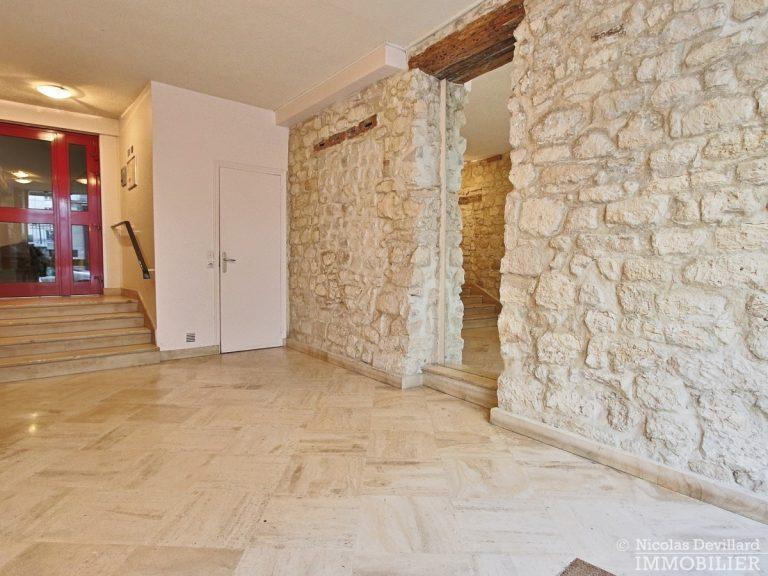 Cherche-Midi-–-Dernier-étage-terrasse-calme-et-rénové-–-75006-Paris-1