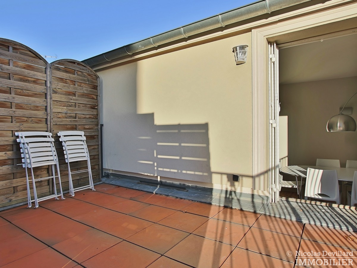 Cherche-Midi-–-Dernier-étage-terrasse-calme-et-rénové-–-75006-Paris-10