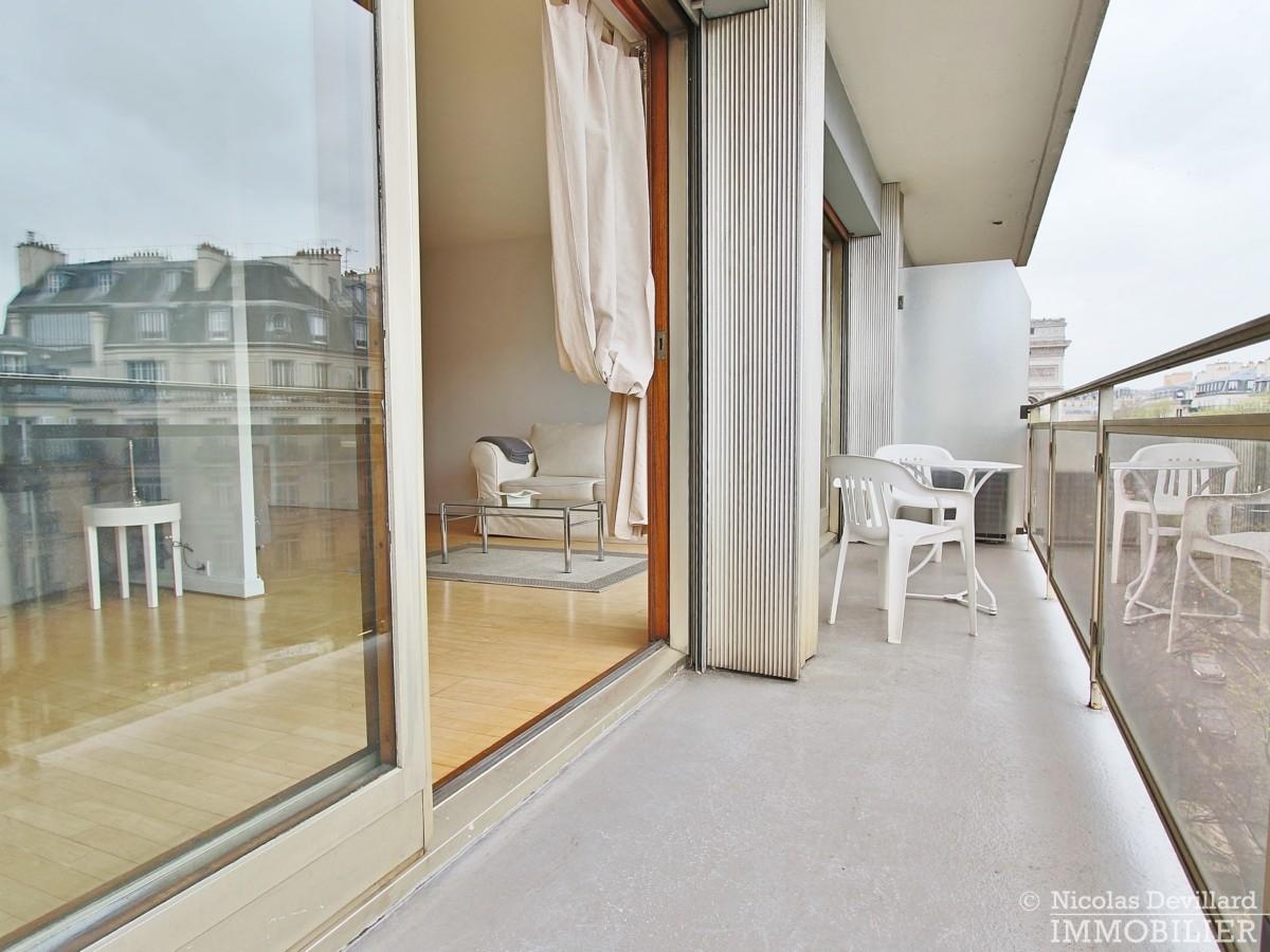 Etoile-–-Volume-lumière-et-balcon-–-75008-Paris-14