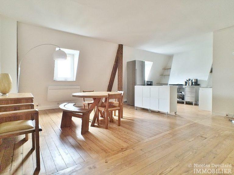 Gds-BoulevardsFbg-St-Denis-–-Grand-loft-dernier-étage-–-75010-Paris-4