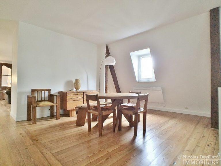 Gds-BoulevardsFbg-St-Denis-–-Grand-loft-dernier-étage-–-75010-Paris-6