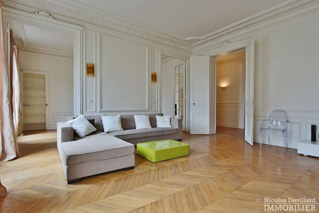 Iéna-–-Grand-et-beau-classique-parisien-–-75116-Paris-2