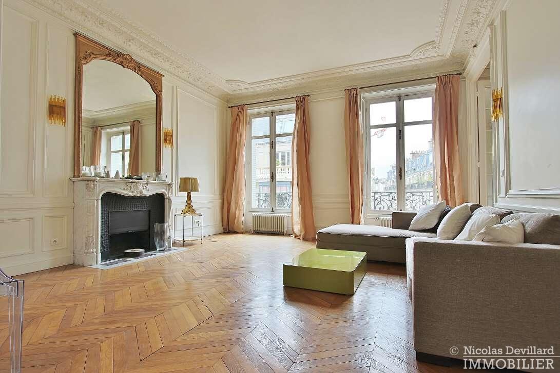 Iéna-–-Grand-et-beau-classique-parisien-–-75116-Paris-5