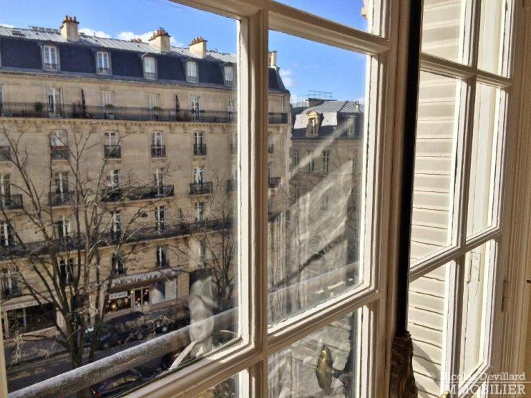 LévisMonceau-–-Classique-ensoleillé-sur-les-arbres-–-75017-Paris-47