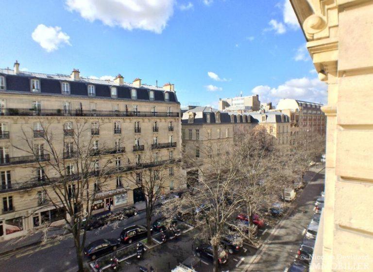 LévisMonceau-–-Classique-ensoleillé-sur-les-arbres-–-75017-Paris-48