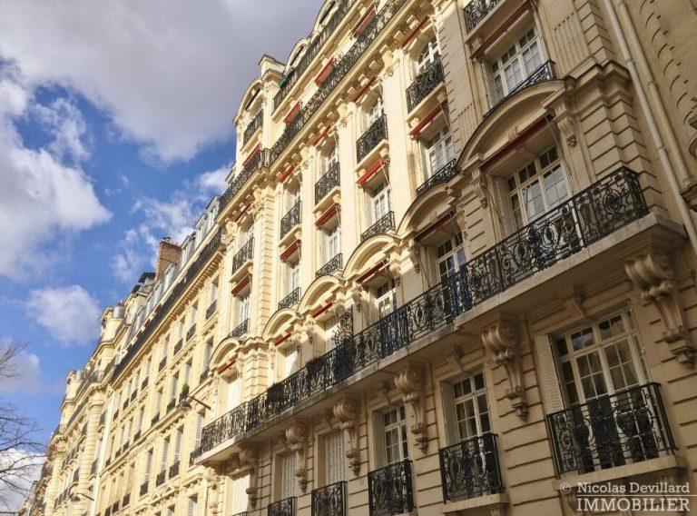 LévisMonceau-–-Classique-ensoleillé-sur-les-arbres-–-75017-Paris-55