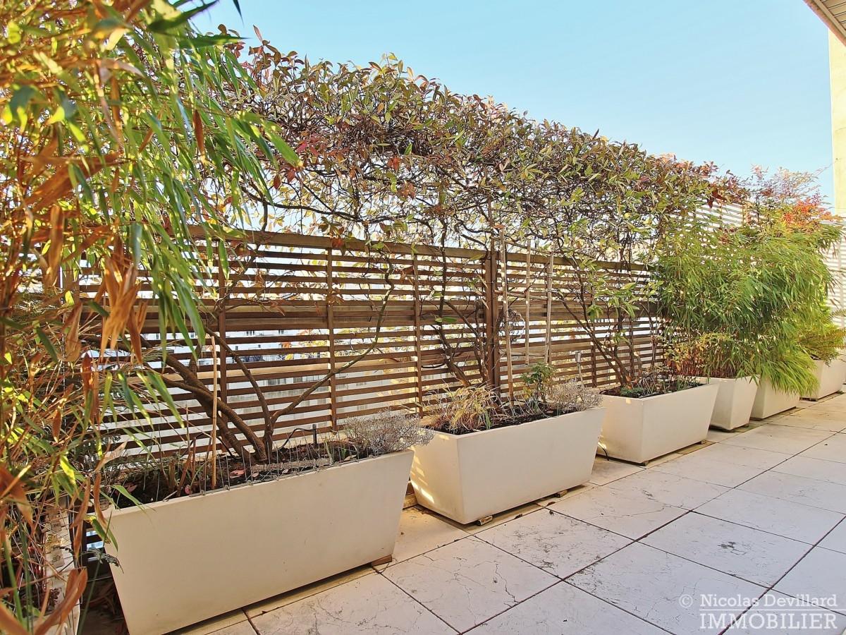 La-Muettevillage-de-Passy-–-Penthouse-dernier-étage-avec-terrasses-–-75116-Paris-17