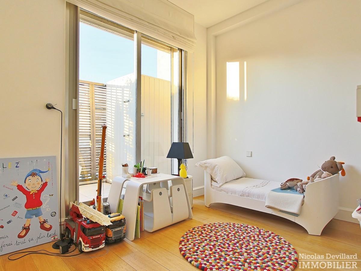 La-Muettevillage-de-Passy-–-Penthouse-dernier-étage-avec-terrasses-–-75116-Paris-20