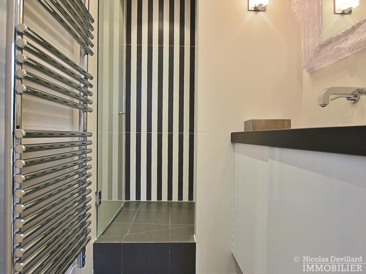La-Muettevillage-de-Passy-–-Penthouse-dernier-étage-avec-terrasses-–-75116-Paris-21