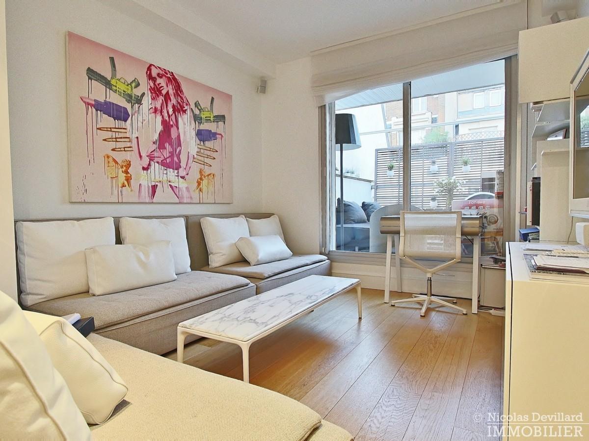 La-Muettevillage-de-Passy-–-Penthouse-dernier-étage-avec-terrasses-–-75116-Paris-23