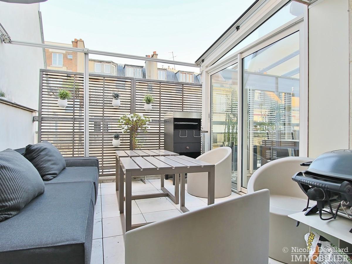 La-Muettevillage-de-Passy-–-Penthouse-dernier-étage-avec-terrasses-–-75116-Paris-24