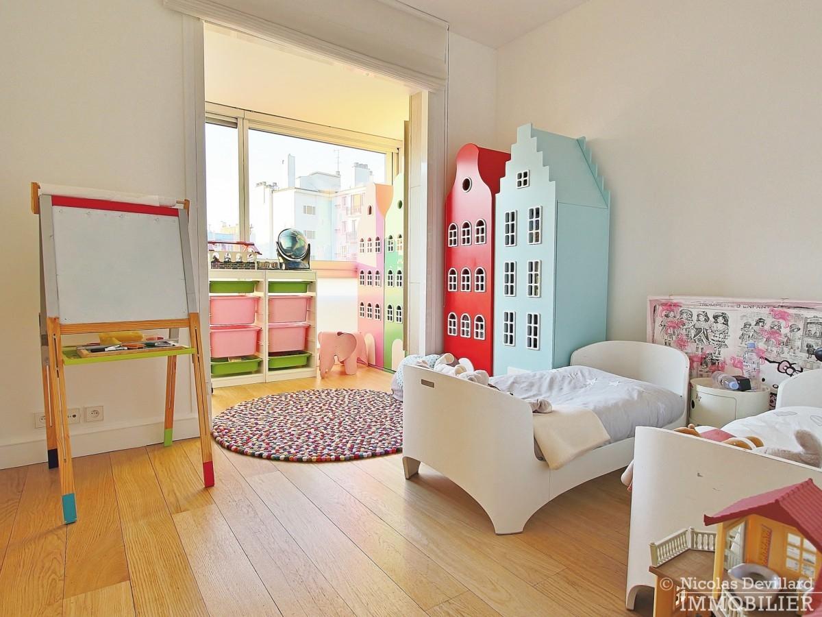 La-Muettevillage-de-Passy-–-Penthouse-dernier-étage-avec-terrasses-–-75116-Paris-27