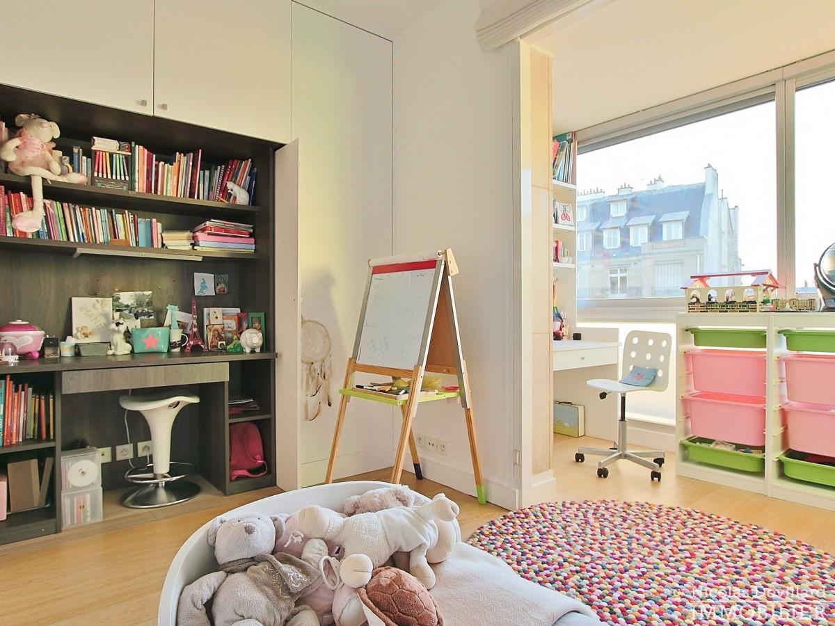 La-Muettevillage-de-Passy-–-Penthouse-dernier-étage-avec-terrasses-–-75116-Paris-28