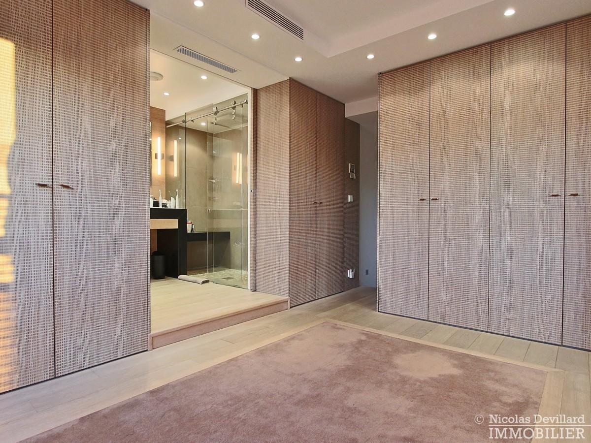 La-Muettevillage-de-Passy-–-Penthouse-dernier-étage-avec-terrasses-–-75116-Paris-36