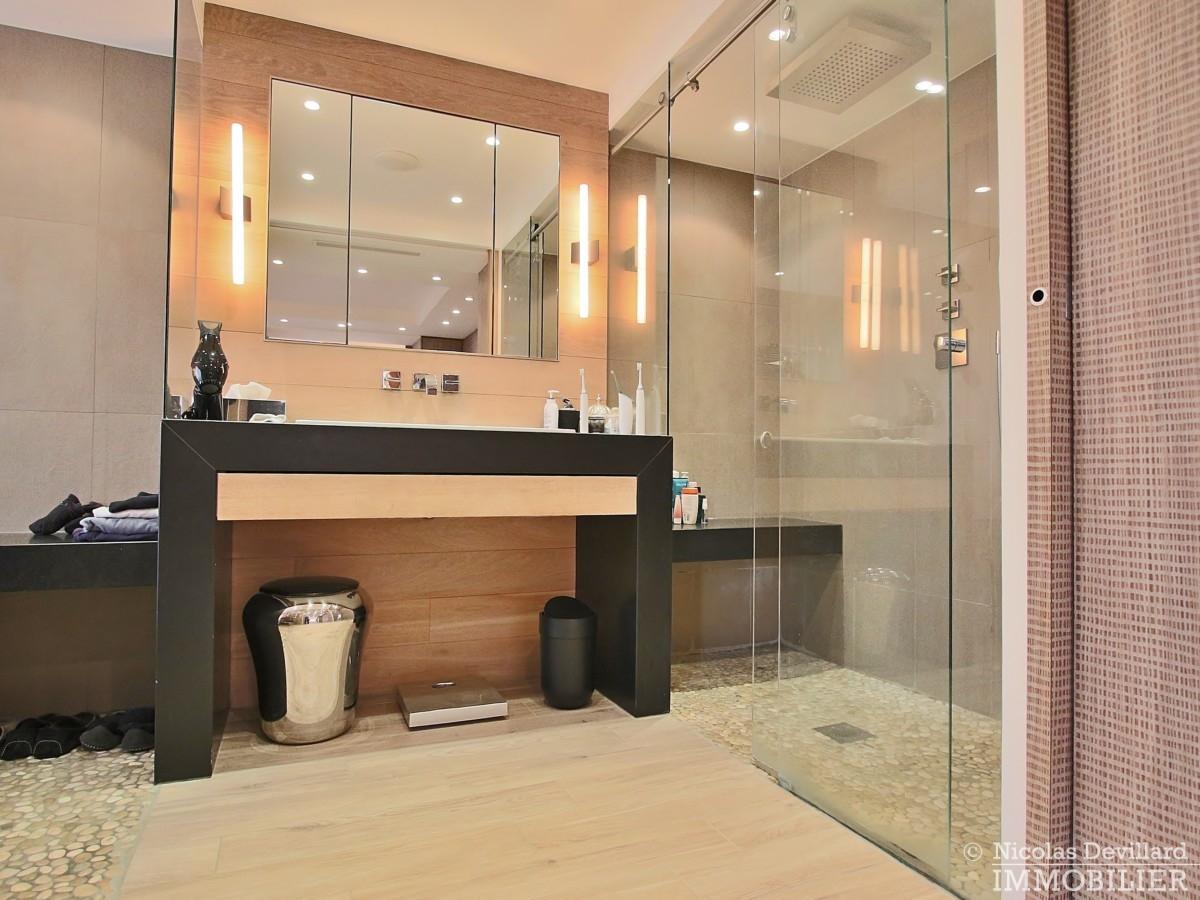 La-Muettevillage-de-Passy-–-Penthouse-dernier-étage-avec-terrasses-–-75116-Paris-37