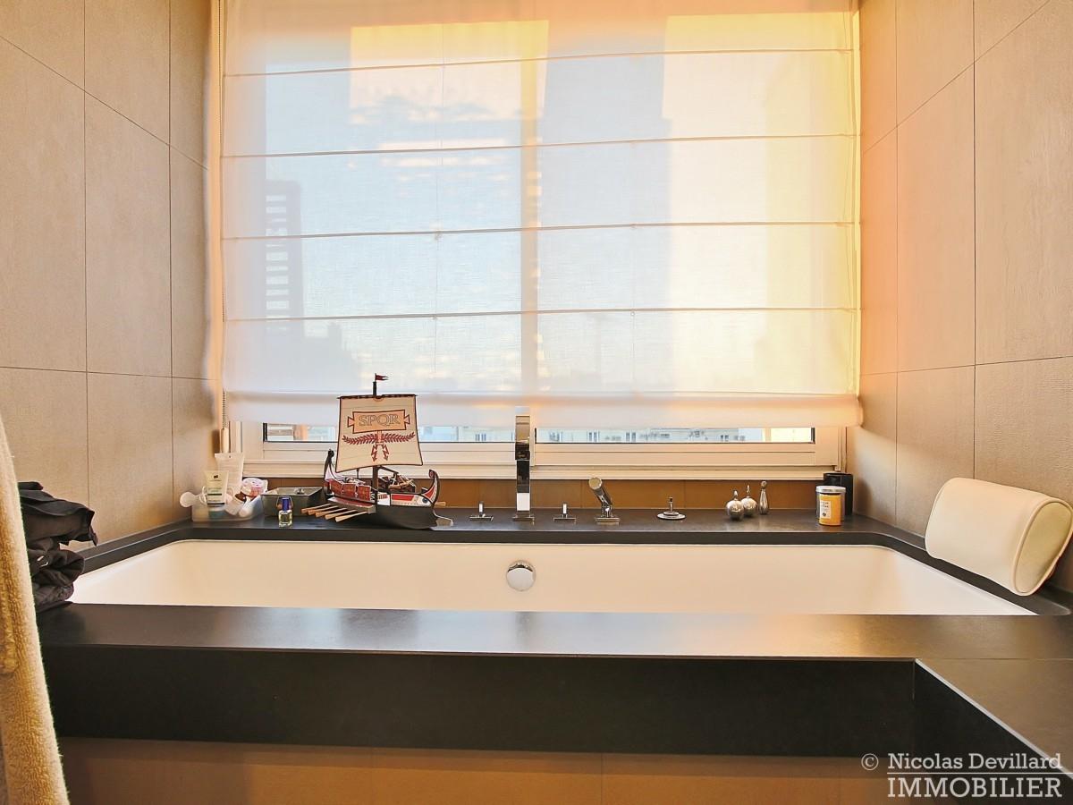 La-Muettevillage-de-Passy-–-Penthouse-dernier-étage-avec-terrasses-–-75116-Paris-38