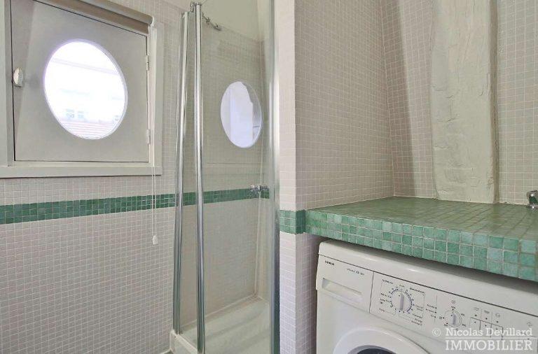 MaraisPlace-des-Vosges-–-Dernier-étage-dans-un-hôtel-particulier-–-75004-Paris-19