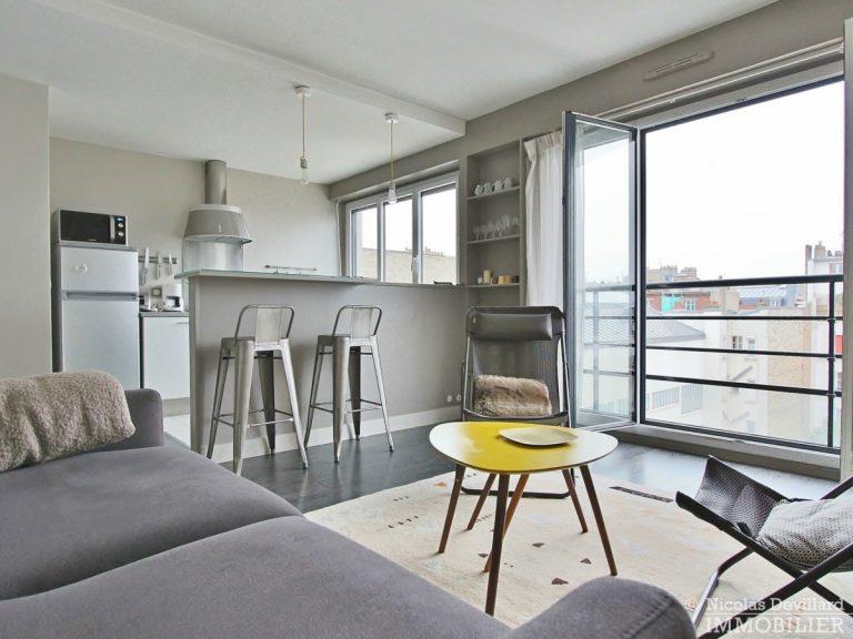 Marché-Lévis-–-Dernier-étage-terrasse-et-vue-dégagée-–-75017-Paris-15
