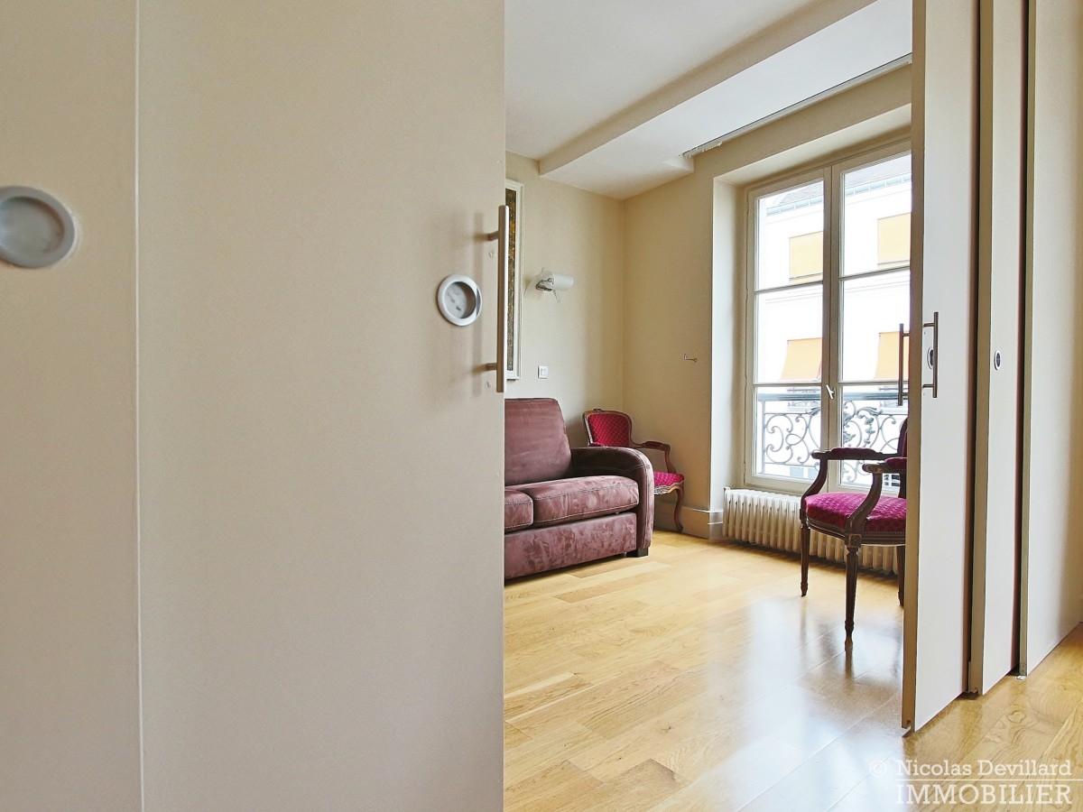 OdéonPont-Neuf-–-Espace-calme-et-charme-75006-Paris-14
