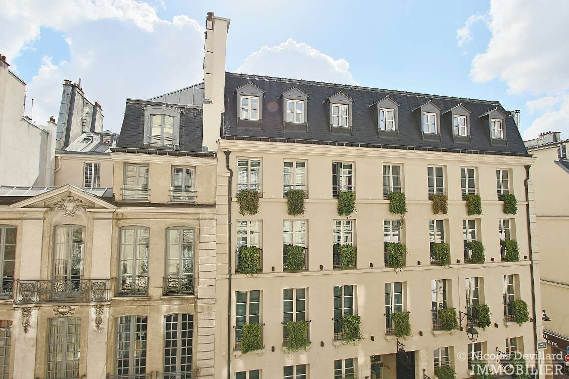 OdéonPont-Neuf-–-Typique-parisien-calme-et-charme-75006-Paris-17
