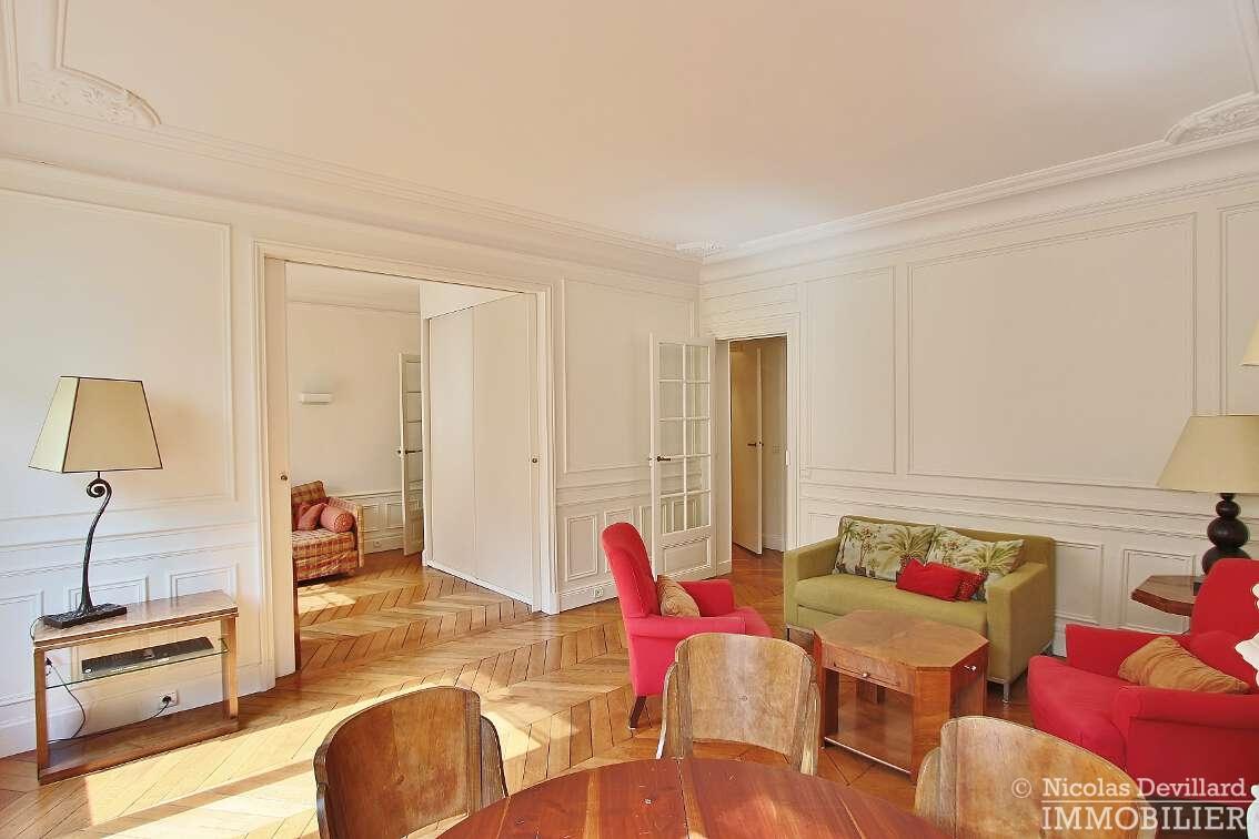 OdéonPont-Neuf-–-Typique-parisien-calme-et-charme-75006-Paris-21