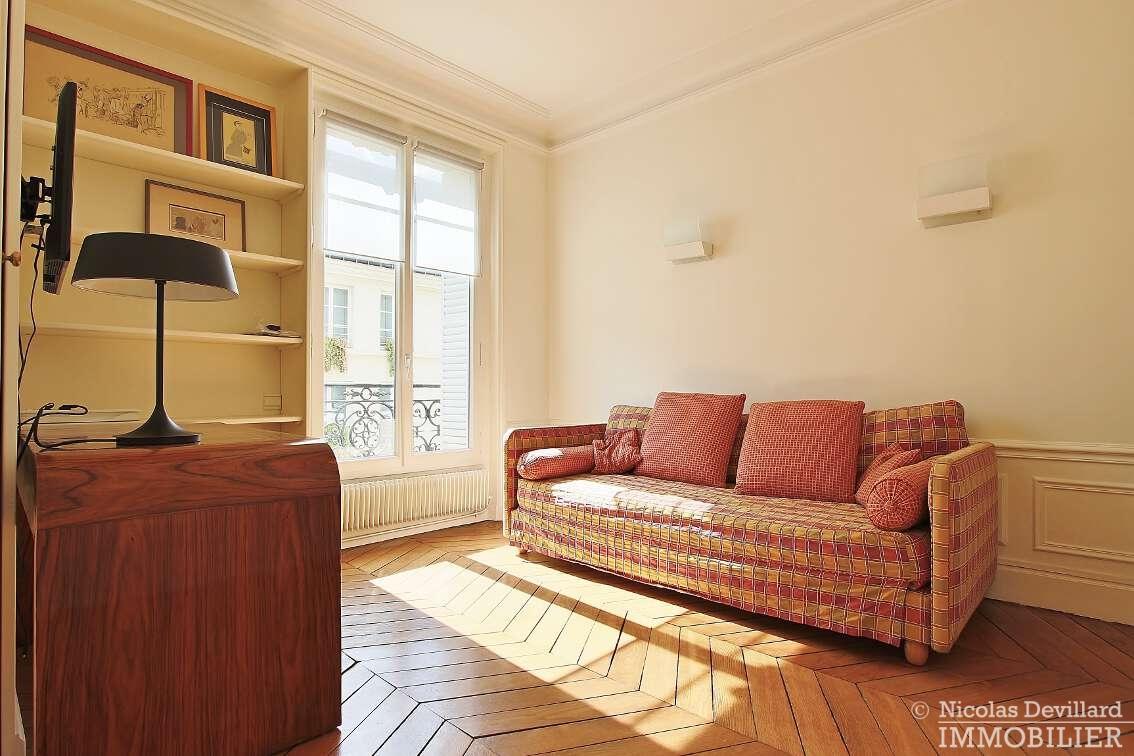 OdéonPont-Neuf-–-Typique-parisien-calme-et-charme-75006-Paris-24