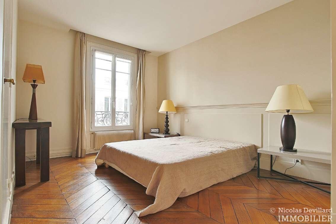OdéonPont-Neuf-–-Typique-parisien-calme-et-charme-75006-Paris-31
