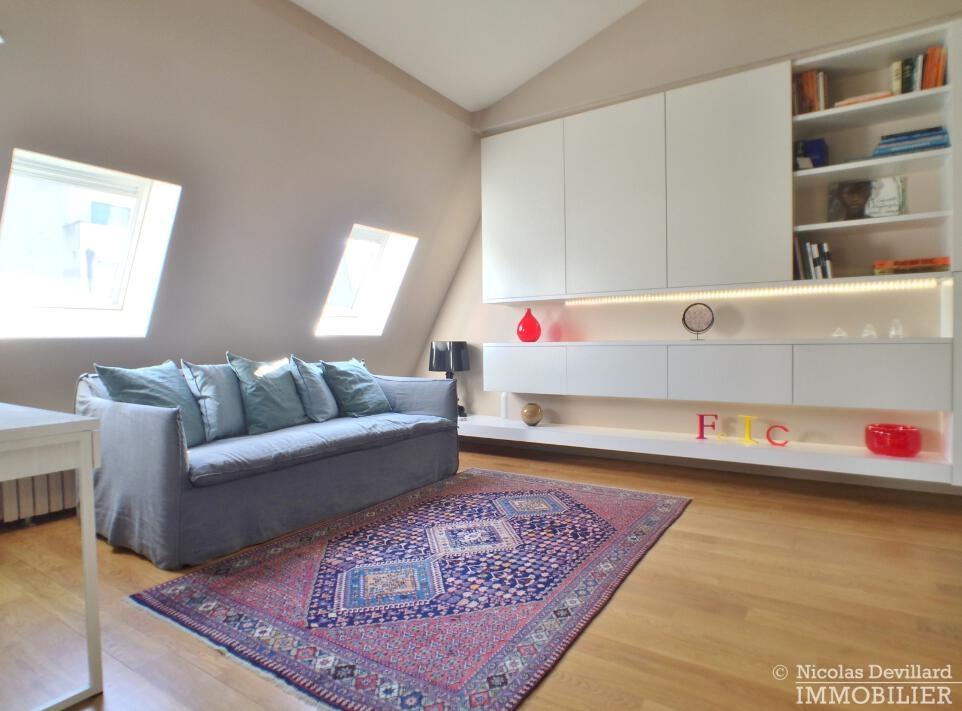 PéreireWagram-–-Luxueux-dernier-étage-plein-soleil-–-75017-Paris-31