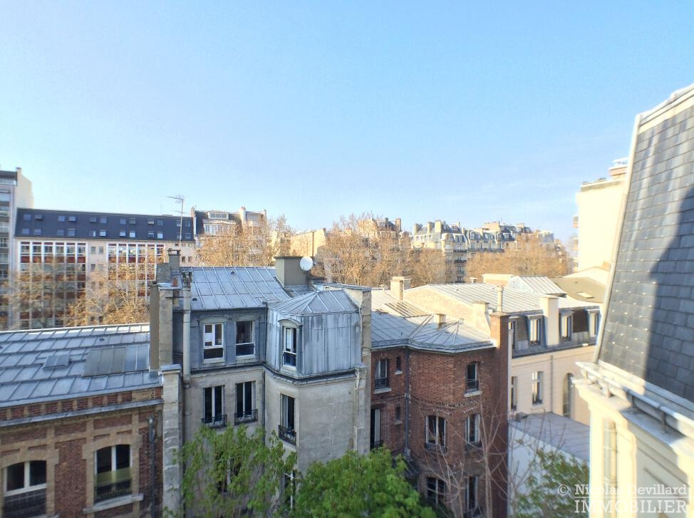 PéreireWagram-–-Luxueux-dernier-étage-plein-soleil-–-75017-Paris-34