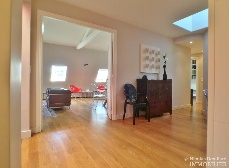 PéreireWagram-–-Luxueux-dernier-étage-plein-soleil-–-75017-Paris-35