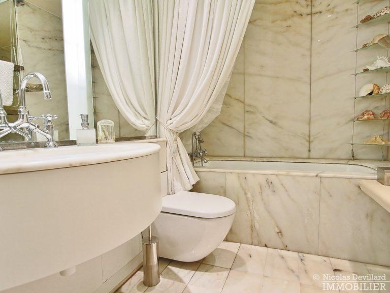 Place-d'Iéna-–-Grande-réception-2-suites-et-vue-–-75116-Paris-27