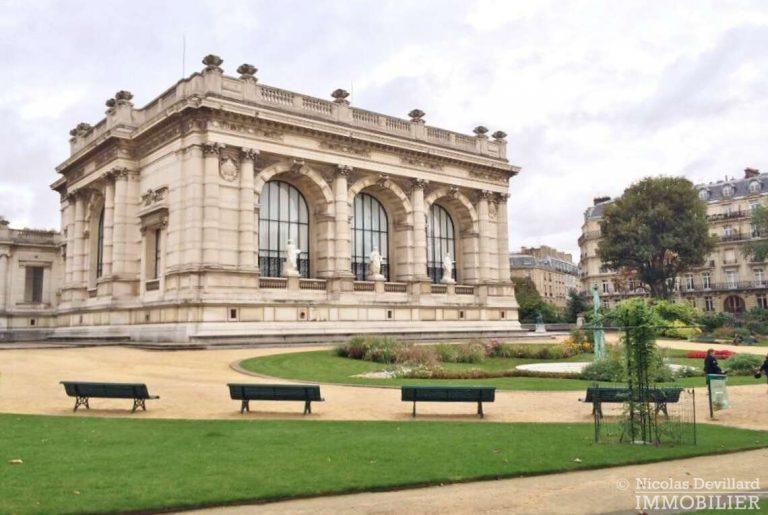 Place-d'Iéna-–-Grande-réception-2-suites-et-vue-–-75116-Paris-4