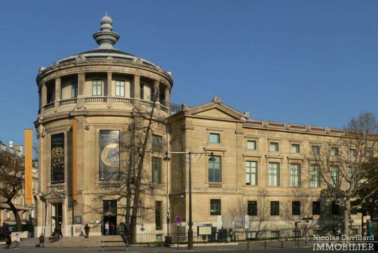 Place-d'Iéna-–-Grande-réception-2-suites-et-vue-–-75116-Paris-5