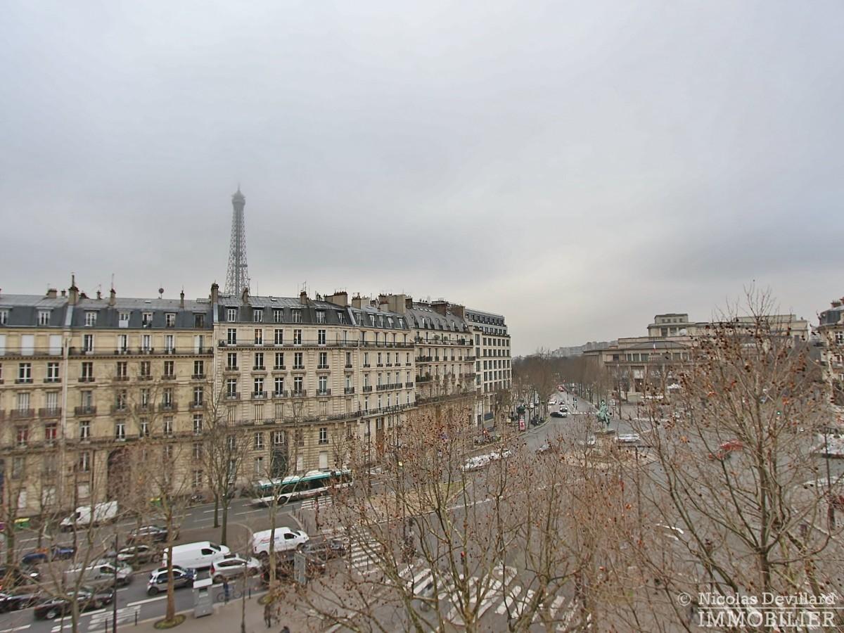Place-d'Iéna-–-Grande-réception-2-suites-et-vue-–-75116-Paris-8