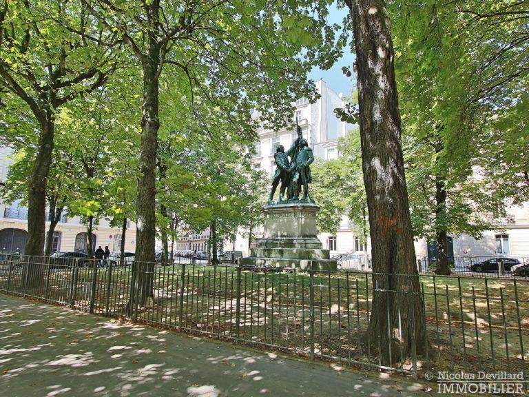 Place-des-Etats-Unis-–-Grands-volumes-calme-et-ensoleillé-–-75116-Paris-1