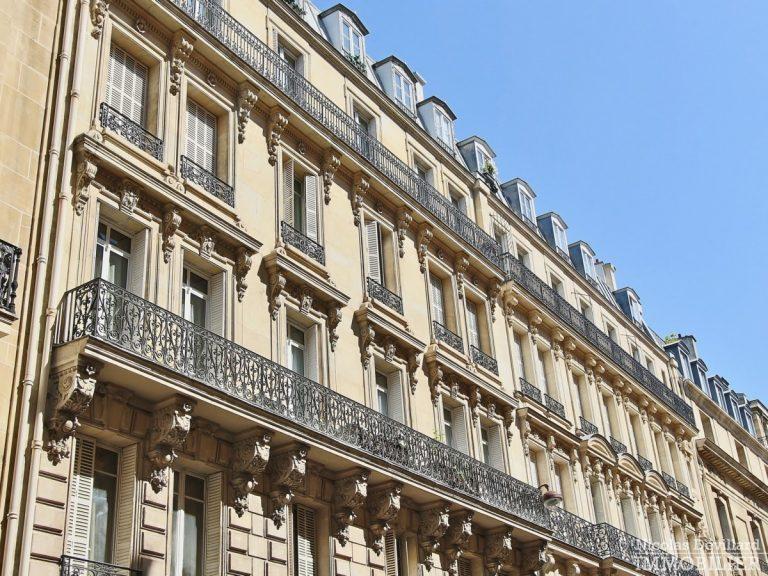 Place-des-Etats-Unis-–-Grands-volumes-calme-et-ensoleillé-–-75116-Paris-42
