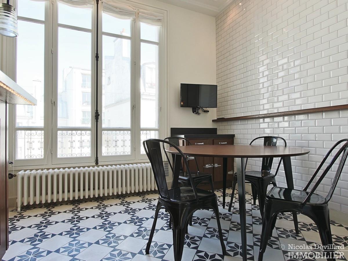 Place-des-Etats-Unis-–-Grands-volumes-calme-et-ensoleillé-–-75116-Paris-9