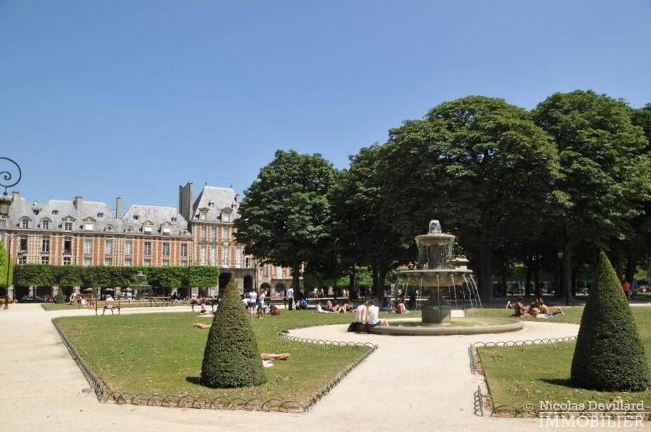 Place-des-VosgesTurenne-–-Somptueux-appartement-de-réception-au-calme-–-75003-Paris-1-1