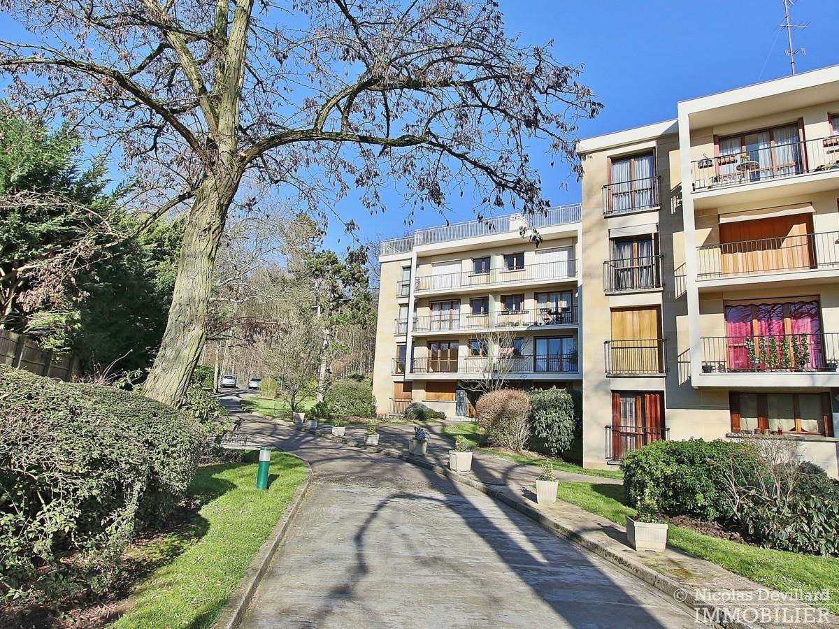 Rive-Droite-–-Calme-et-balcon-ensoleillé-92370-Chaville-1