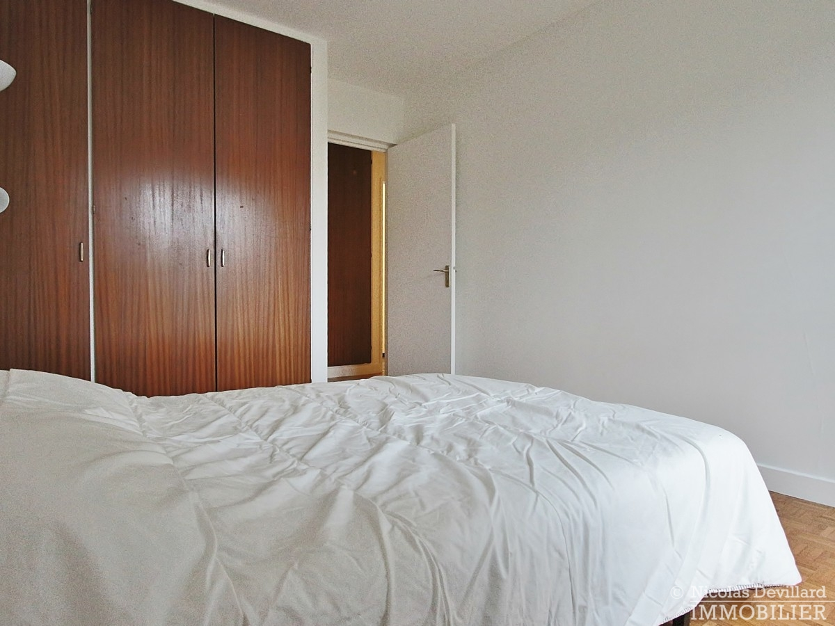 Rive-Droite-–-Calme-et-balcon-ensoleillé-92370-Chaville-16