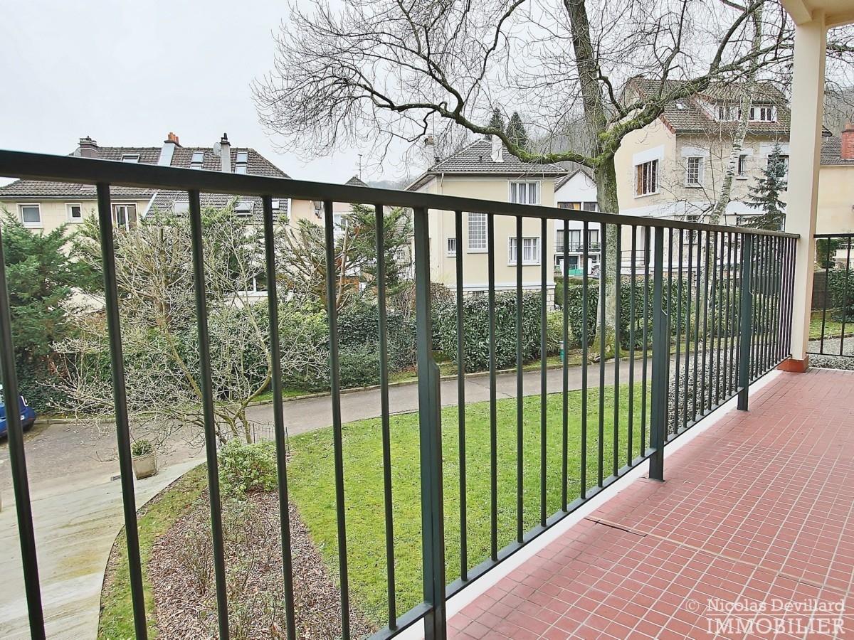 Rive-Droite-–-Calme-et-balcon-ensoleillé-92370-Chaville-8