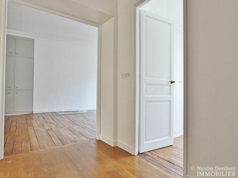 Saint-Georges-–-Belle-rénovation-classique-et-moderne-–-75009-Paris-39