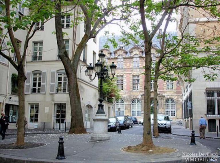 Saint-Germain-des-Prés-–-Jolie-vue-ensoleillé-et-rénové-–-75006-Paris-35
